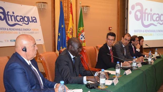 Hormiga, Cámara de Fuerteventura, ministro senegalés, embajador de España en Dakar, Carbajal, Padrón y Pérez