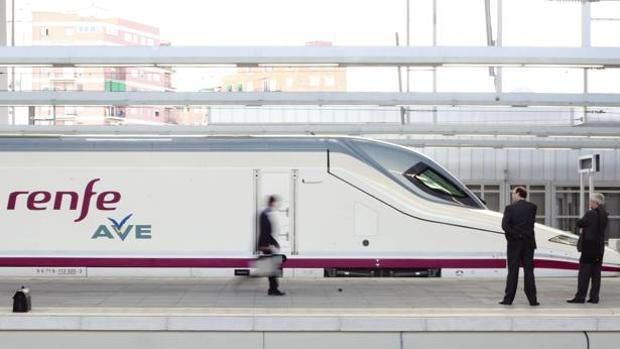 Imagen de archivo de la llegada del AVE a la estación Joaquín Sorolla de Valencia