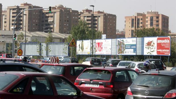 Imagen de archivo de un atasco en una de las entradas a la ciudad de Valencia