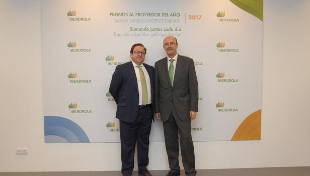 Venancio Rubio, delegado de Iberdrola en Castilla-La Mancha, con Inael