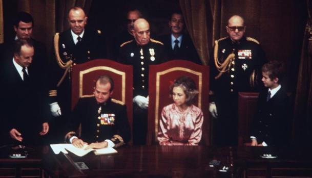 El 27 de diciembre Don Juan Carlos sanciona la Constitución de 1978 en una jornada histórica