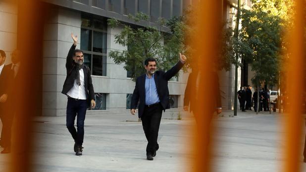 Imagen de Cuixart y Sánchez tomada este lunes a su llegada a la Audiencia Nacional