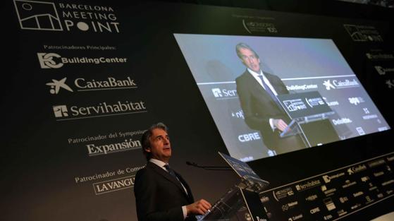 El ministro de Formento, Íñigo de la Serna, durante la inauguración de Barcelona Meeting Point