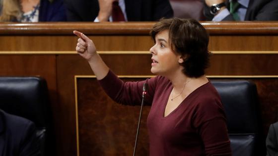 Santamaría avisa a Puigdemont sobre el requerimiento
