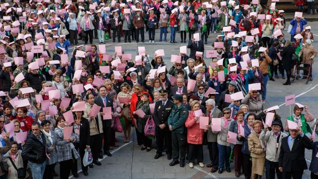 Uno de los actos celebrados en Castilla y León con motivo del Día del Cáncer de Mama