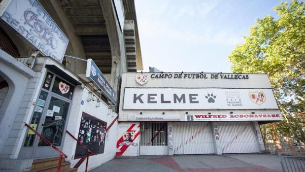 El ruinoso estadio del Rayo Vallecano será reformado a partir de enero