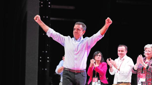 Franco integra a casi todas las familias del PSOE-M en su Ejecutiva