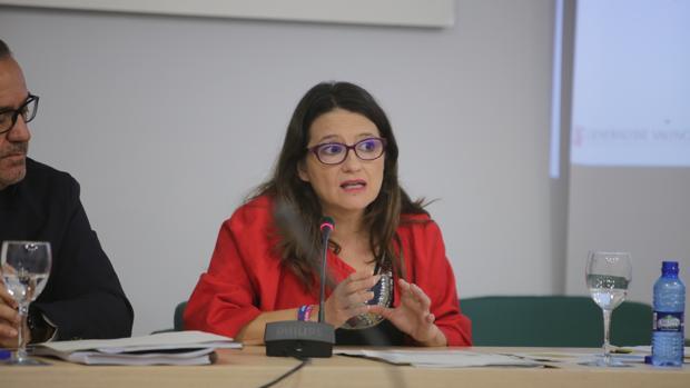 Mónica Oltra presenta el informe sobre el impacto económico de la aplicación de la futura ley de la Renta Valenciana de Inclusión