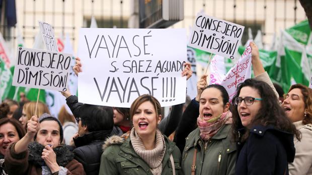 Protesta por la suspensión de las oposiciones de enfermería, en una imagen de archivo
