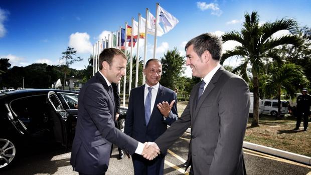 Emmanuel Macron y Fernando Clavijo