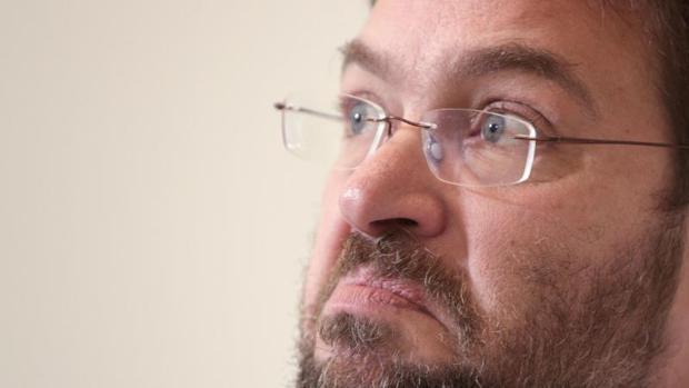 Hemeroteca: Militantes de Podem quieren forzar una asamblea para cesar a Fachin | Autor del artículo: Finanzas.com