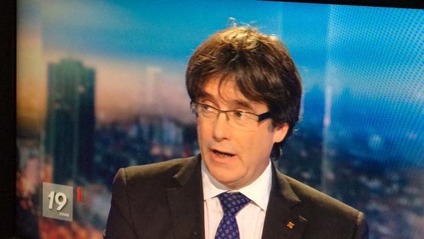 Carles Puigdemont, durante su entrevista en una televisión belga