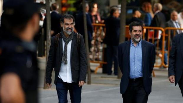 Jordi Cuixart , líder de Omnium Cultural y Jordi Sanchez de ANC