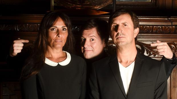 Carlos Latre junto a Mónica Pérez y Jordi Ríos