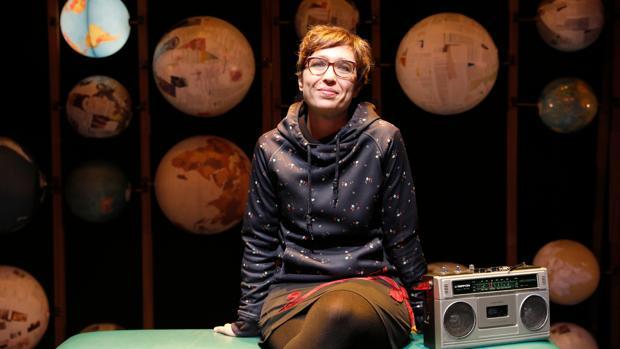 La dramaturga y directora teatral Lucía Miranda, durante el ensayo de «Fiesta, Fiesta, Fiesta»