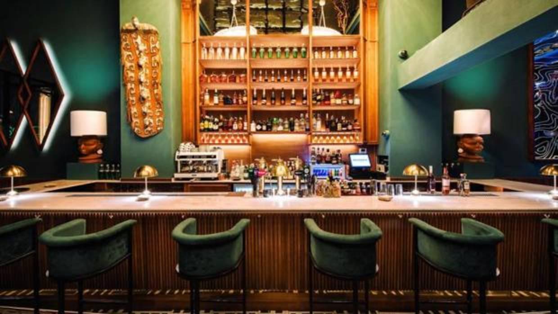 Cinco locales de Madrid donde tomar la primera copa