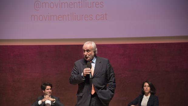 Antoni Fernández Teixidó en la presentación de la plataforma Lliures