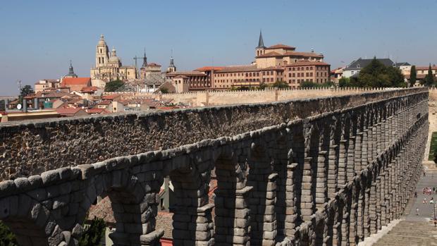 El Acuecto y la Ciudad Vieja de Segovia, los lugares Patrimonio preferidos por los viajeros en España