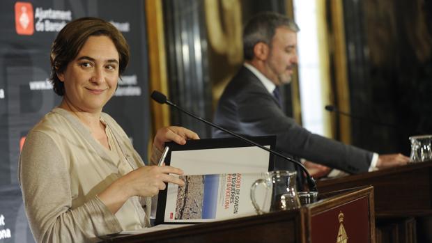 Ada Colau (Barcelona en Comú ) y Jaume Collboni (PSC) han roto su acuerso de gobierno