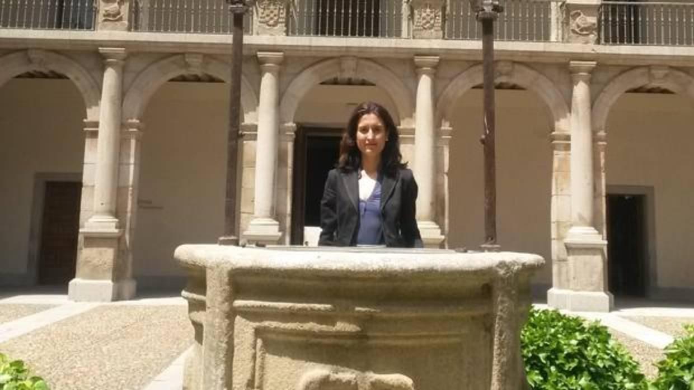 La historiadora guadalajareña María Lara presenta en Madrid su libro sobre Cisneros