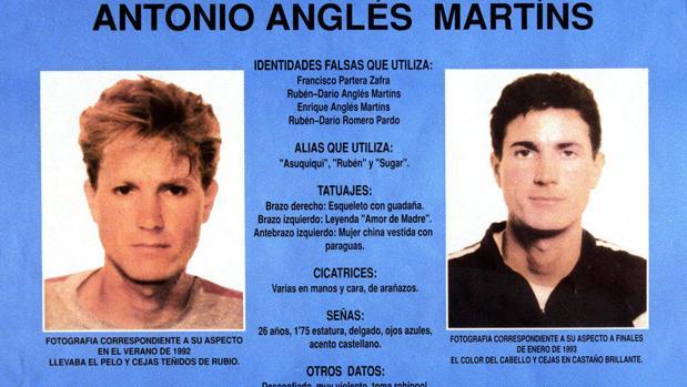 Imagen de la ficha policial de Antonio Anglés en 1993