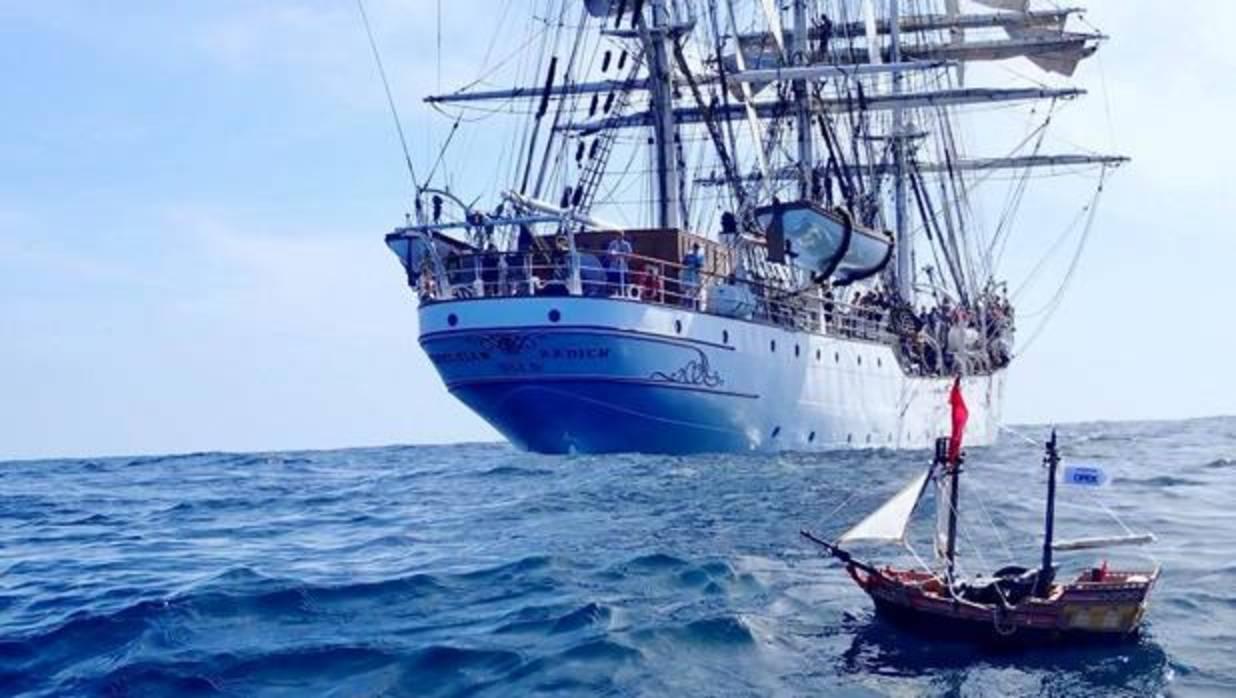 El barco pirata Playmobil que pasa por Canarias a toda vela
