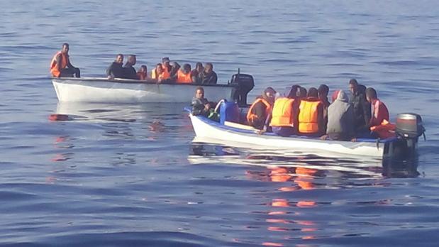 Las dos embarcaciones interceptadas este viernes cerca de Torrevieja