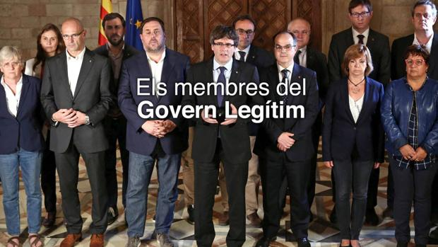 En la fotografía del «Gobierno legítimo» borraron a Vila, pero no sus piernas