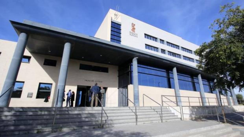 Investigan al director del Conservatorio de Música de Benidorm por posible acoso a una menor