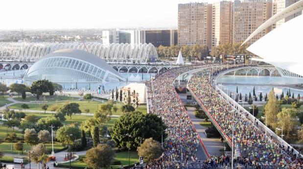 El buen tiempo ha sido la tónica durante el maratón de Valencia, este domingo