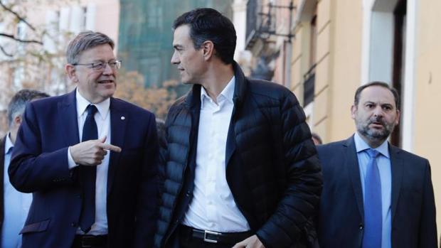 Puig, Sánchez y José Luis Ábalos, este lunes en Valencia