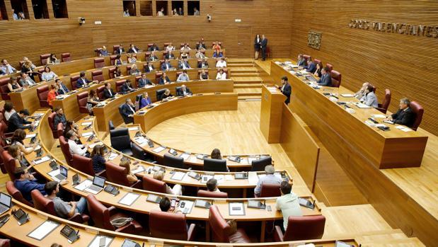 Imagen de archivo de un pleno de las Cortes Valencianas