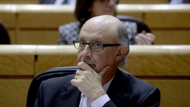El ministro de Hacienda este martes en el Senado