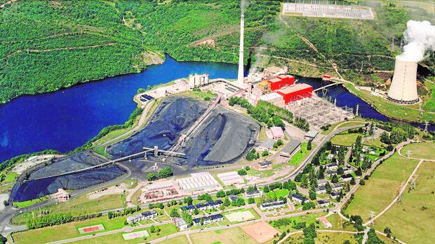 Central térmica de Velilla del Río Carrión (Palencia)