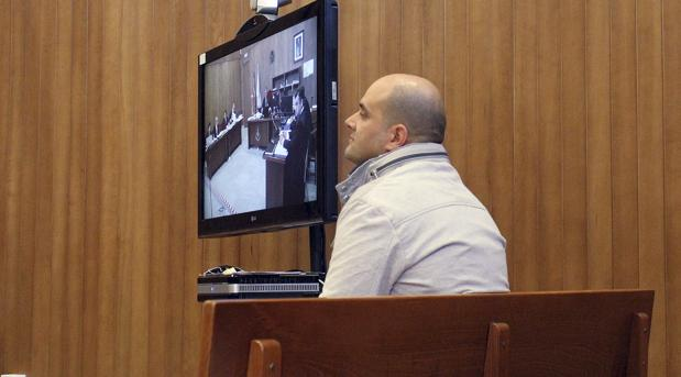 Hemeroteca: Absuelven al guardia civil que disparó y mató al batería de Los Piratas   Autor del artículo: Finanzas.com