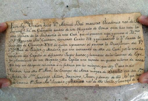 Documento encontrado en el interior de la talla de de Sotillo de la Ribera (Burgos)