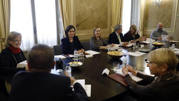 Imagen de la reunión del jurado