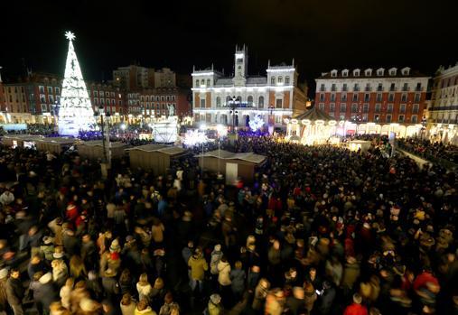 Valladolid enciende su iluminación navideña