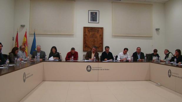 pp y c's presentan una moción al alcalde socialista de quintanar