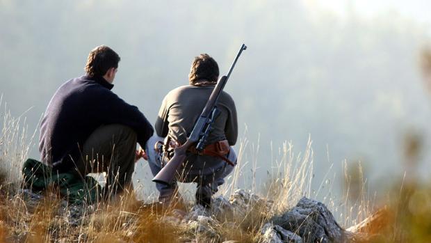 Cazadores, durante su jornada de caza