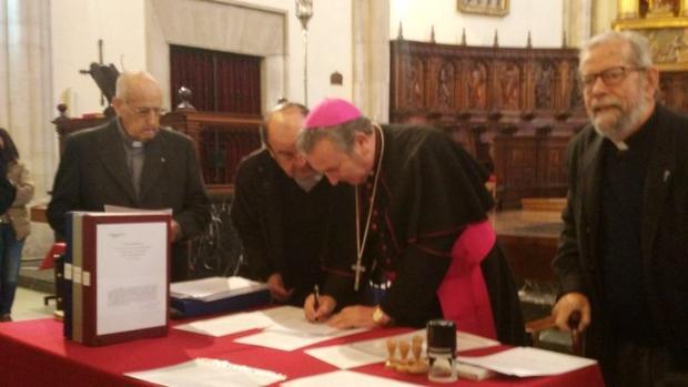 Firma de la solicitud enviada al Vaticano por la Diócesis de Ciudad Real