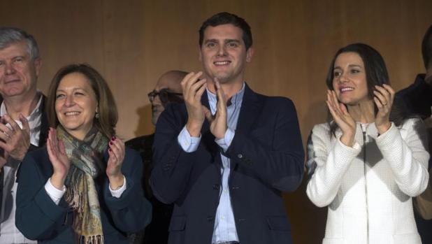 De izquierda a derecha: Alonso, Mejías, Rivera y Arrimadas