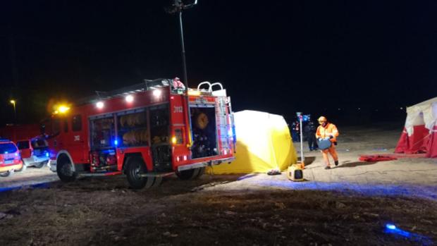 Efectivos del Consorcio de Bomberos de Valenciana, durante un simulacro nocturno reciente