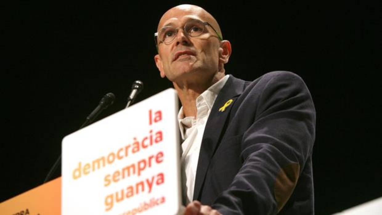 Romeva no se marchó a Bruselas porque lo pactó con Junqueras