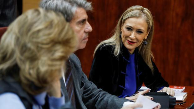Cristina Cifuentes, en el pleno de la Asamblea de Madrid