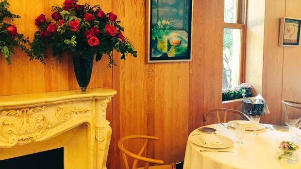Sala del restaurante A'Barra en Madrid