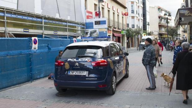 Una patrulla de Policía Nacional en las calles de Madrid