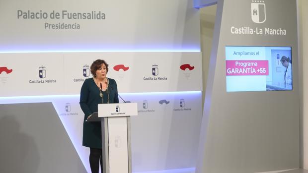La consejera de Economía, Empresas y Empleo, Patricia Franco en la rueda de prensa celebrada tras la reunión habitual del Consejo de Gobierno de Castilla-La Mancha