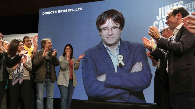 Puigdemont, en la conexión en directo con el mítin de Gerona