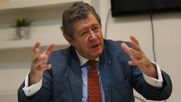 El eurodiputado Enrique Calvet